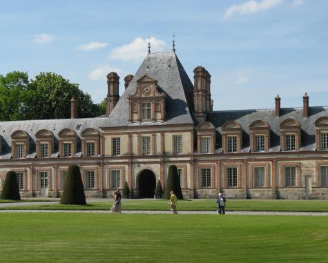 Chateau fontainebleau architecture for Architecte fontainebleau