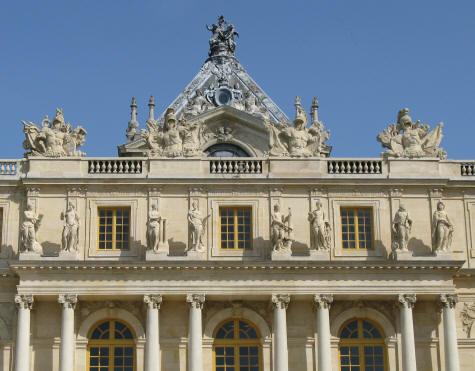 Architecture of the chateau de versailles ile de france for Architecture francaise