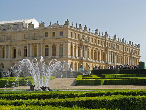 Guide to Versailles France