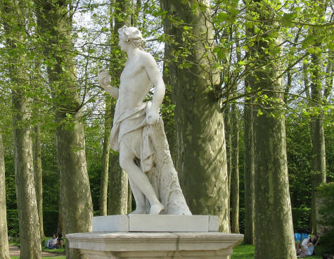 Statue in the Versailles Gardens - Ile-de-France